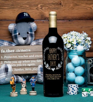 Personalized Father'S Day Wreath Etched Wine